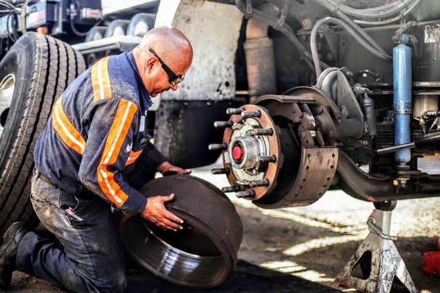 Solve The Issues And Enhance The Performance Of Your Truck