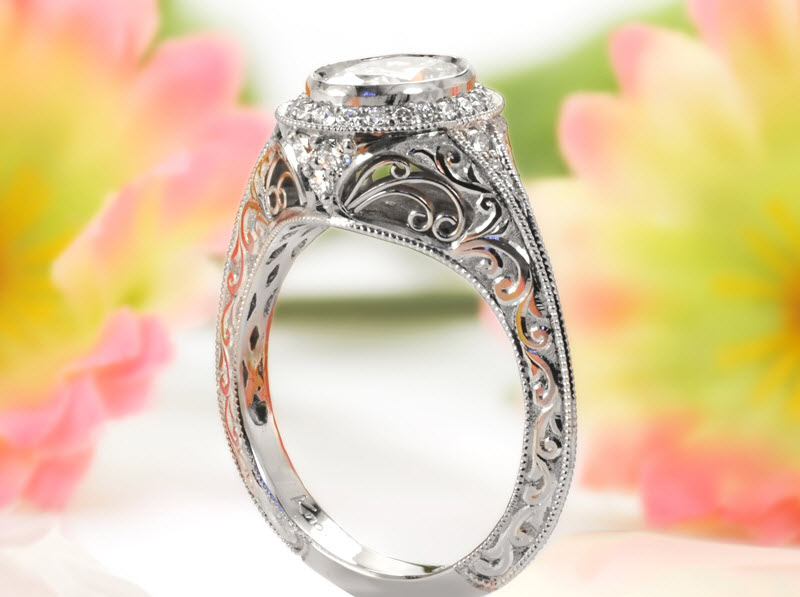 Various Ideas of Antique Engagement Ring