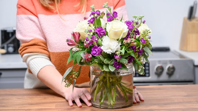 Order Flowers Online And Add Essence To Your Life